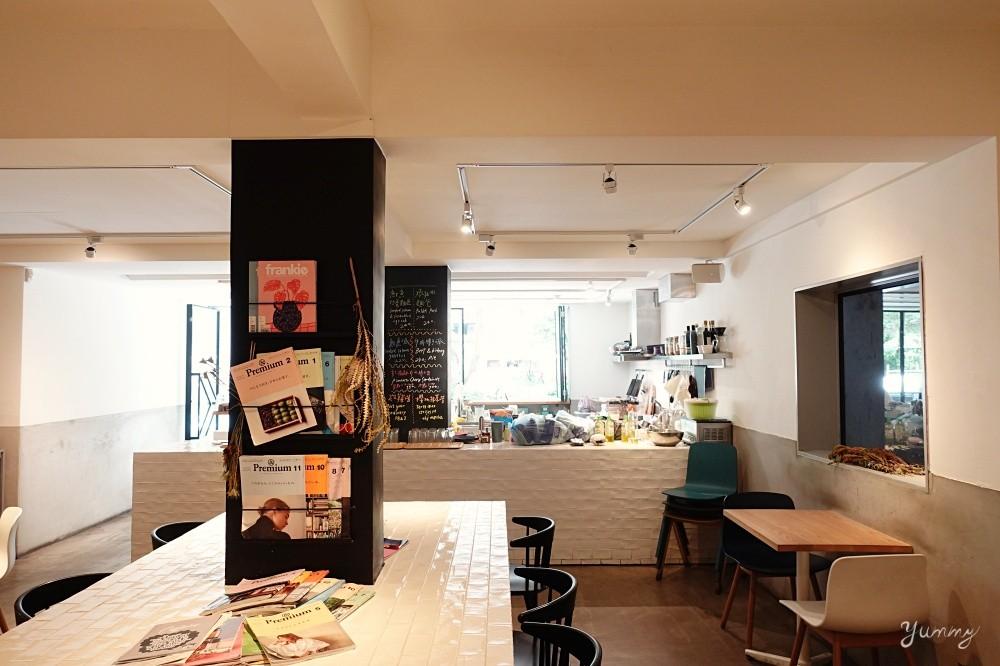 台北大安區美食推薦「補時咖啡」台北不限時咖啡店~新美式餐點好吃驚豔~可看足球比賽和電影的人氣咖啡店!