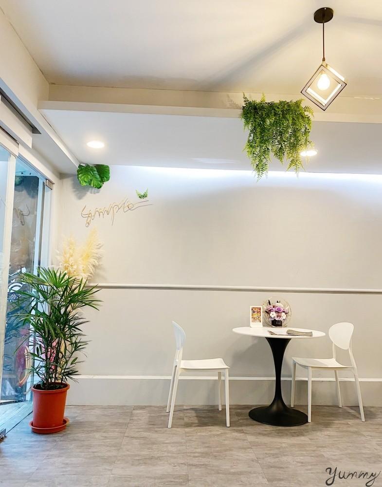 台中北區新開幕歐陸料理「八又三分之一」,不限時網美餐廳還不快來嗎!