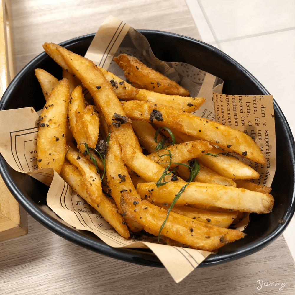 台北車站美食推薦「初面」必嚐!帶有濃郁番茄果香的牛肉麵