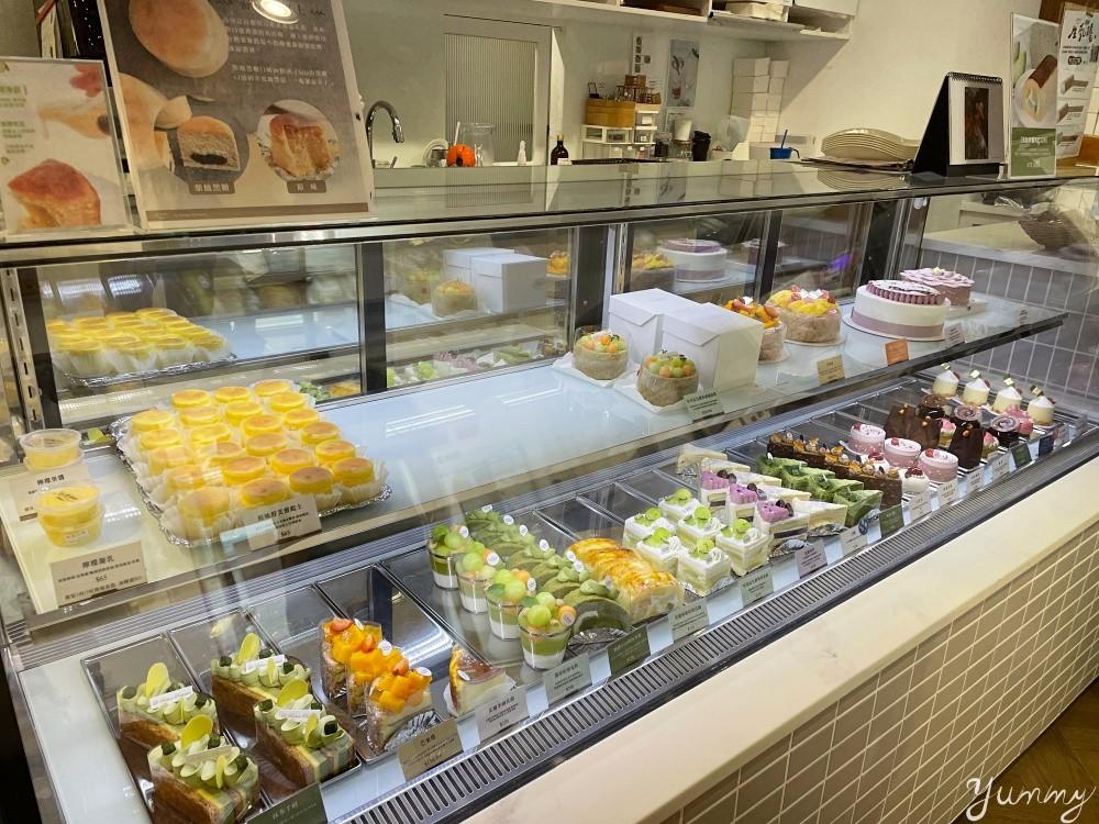 台北好吃甜點店「Le Ruban Pâtisserie 法朋烘焙甜點坊」哈密瓜季上市囉,快來吃一波!