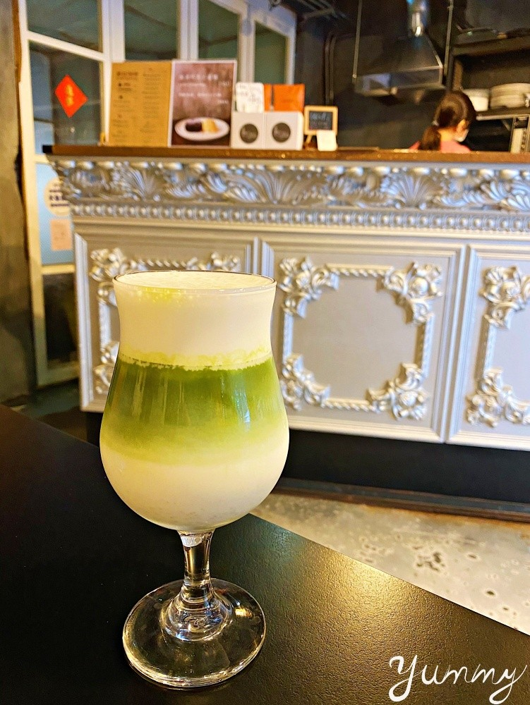 台北咖啡廳推薦~「立裴米緹咖啡館 L'apre's midi Cafe'」超好吃的麻糬鬆餅讓人想一吃再吃~
