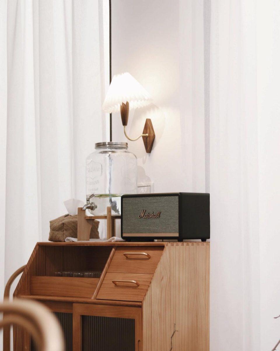 嘉義必喝咖啡店「岬島Jia Daò」超美韓系咖啡廳,挑高裝潢人氣網美打卡點!