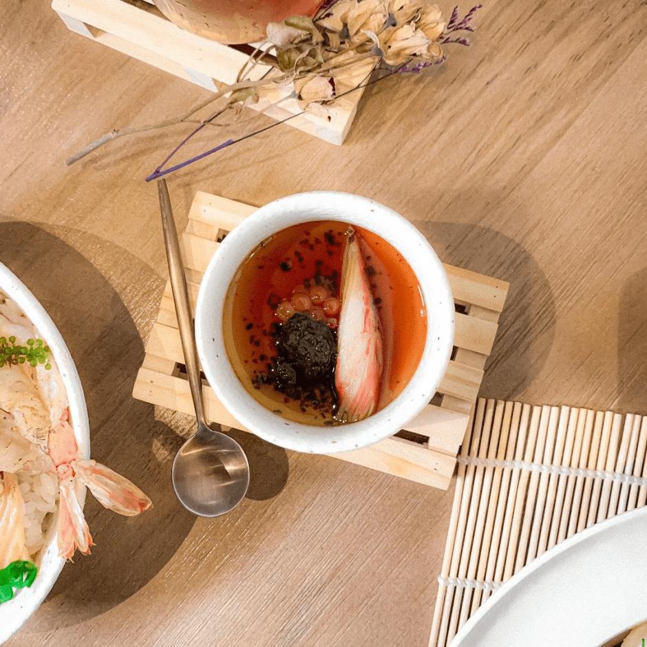 高雄餐酒館推薦「食獻Donburi&Bar」優質日料餐酒館~上班族偷閒放鬆的好去處