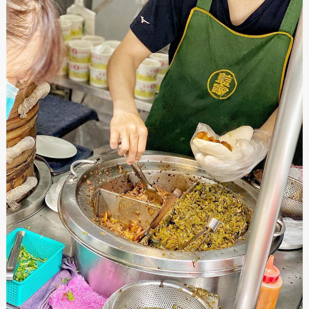 公館美食推薦「藍家割包」台大公館商圈人氣小吃,尾牙必吃虎咬豬!
