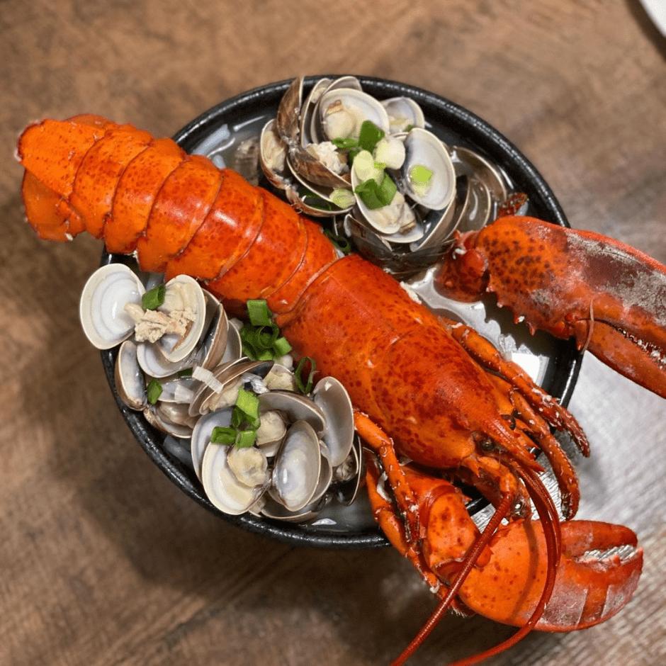 台北美食推薦「胡饕米粉湯•黑白切」限量超奢華龍蝦蛤蜊米粉湯~老饕們不說的私藏口袋名單!