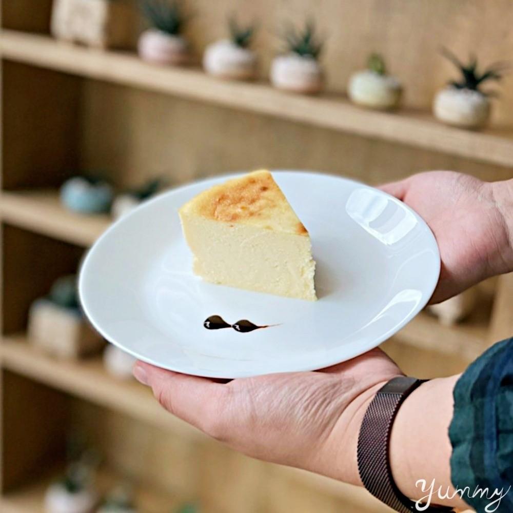 台北美食推薦「許多肉」不是賣燒肉,是有許多多肉植物的咖啡廳!