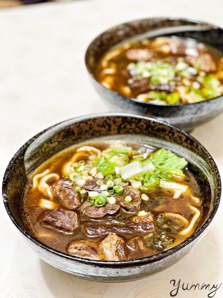 台北外帶美食牛爸爸牛肉麵,CNN報導過的全球最貴牛肉麵,疫情期間外帶享五折優惠!