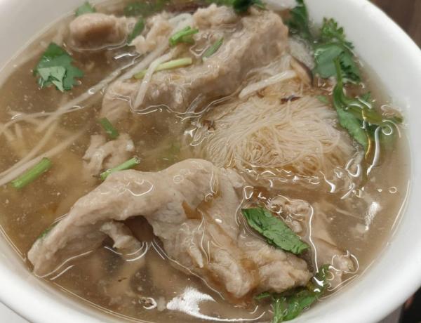 東門市場美食「東門赤肉羹」40年老字號 60元內人氣銅板小吃 不一樣的肉羹