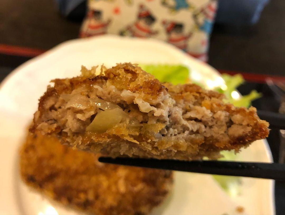 捷運松江南京站美食 食彩櫻 台北好吃炸雞前十名,巷弄裡的隱藏版美食!