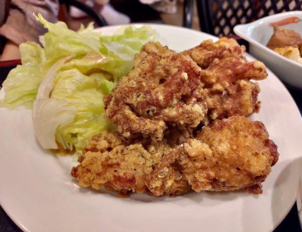 捷運松江南京站美食|食彩櫻|台北好吃炸雞前十名,巷弄裡的隱藏版美食!