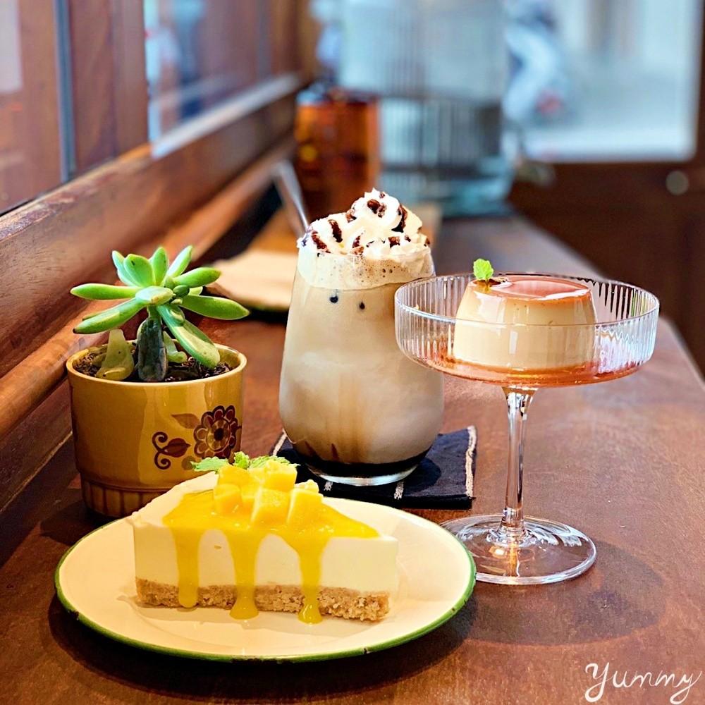 大稻埕不限時咖啡廳「耳邊風」懷舊風格裝潢,迪化街下午茶